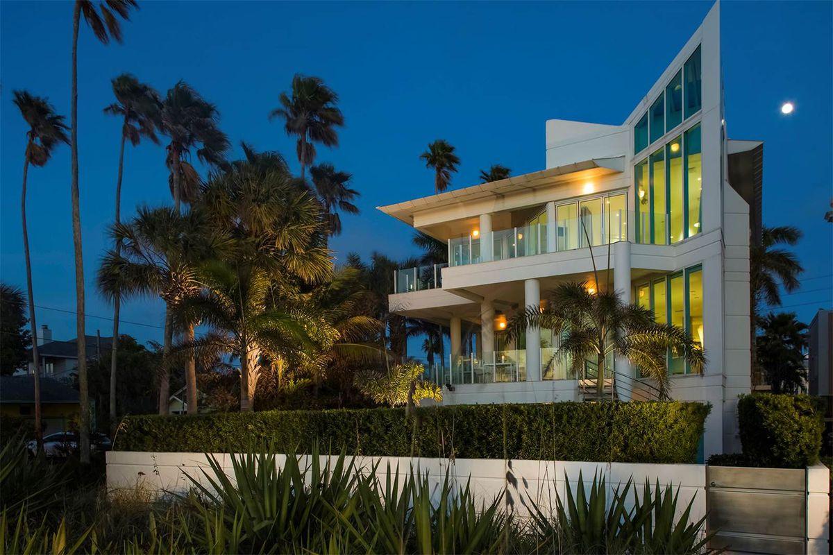 A modern beachfront home in St Pete Beach