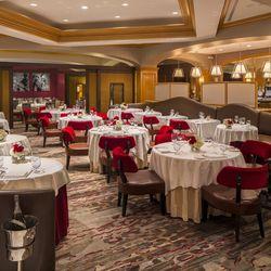 Charlie Palmer Steak's lounge