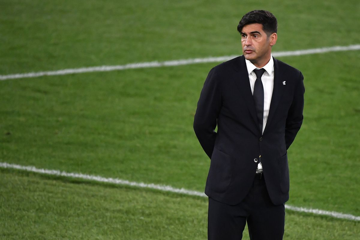 Paulo Fonseca coach of AS Roma reacts during the Europa...