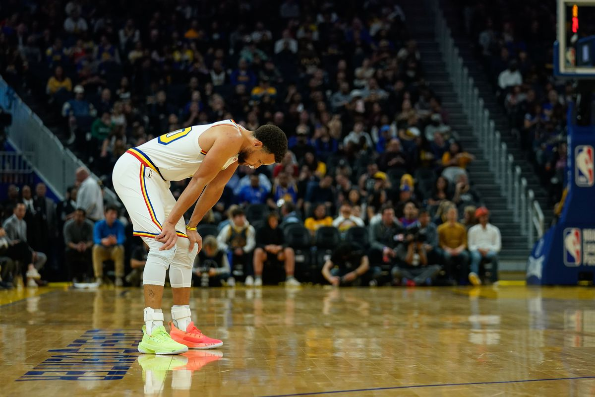 Golden State Warriors guard Stephen Curry reacts during the second quarter against the Toronto Raptors at Chase Center.