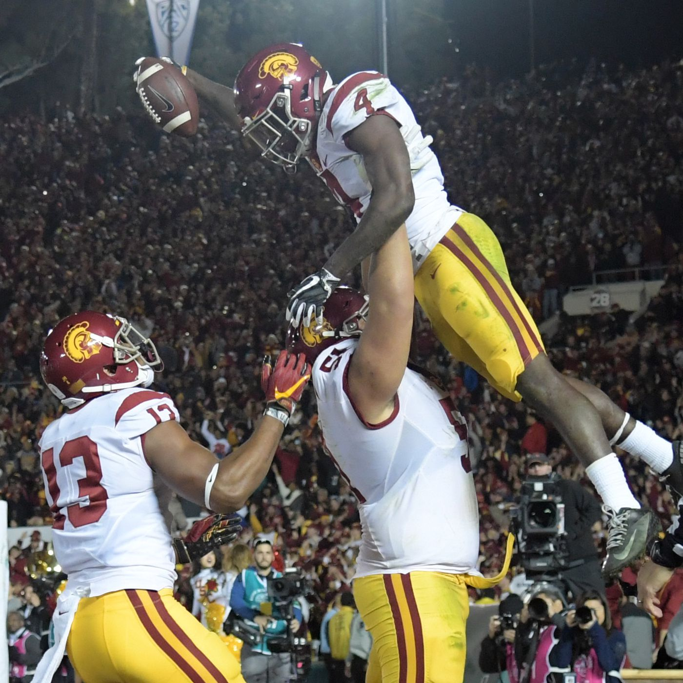 Usc Rb Ronald Jones Punches The Ball Into The End Zone Penn State Leads 49 42 Conquest Chronicles