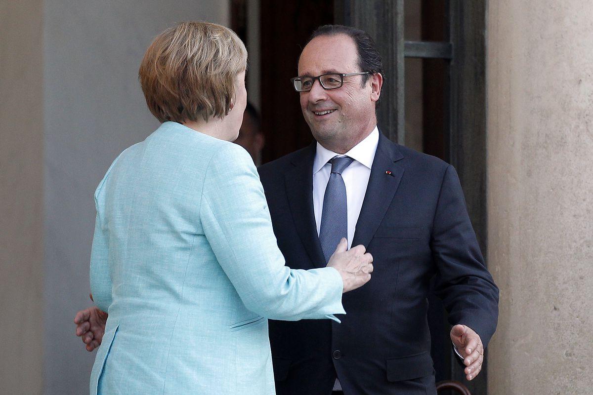German chancellor Agela Merkel meets French President François Hollande.