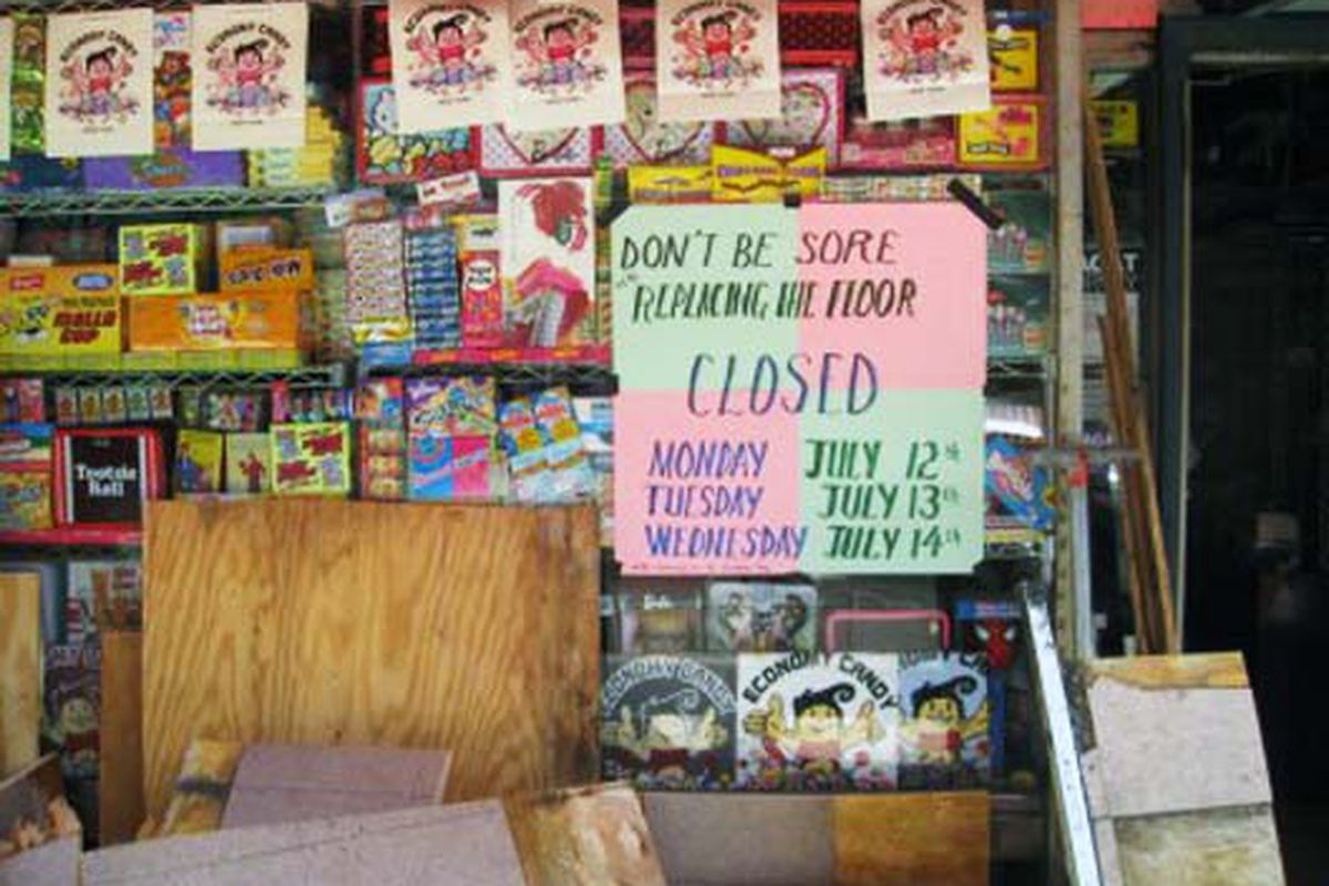 """Image via <a href=""""http://www.boweryboogie.com/2010/07/economy-candy-closed-for-floor-renovations.html?utm_source=feedburner&amp;utm_medium=feed&amp;utm_campaign=Feed%3A+BoweryBoogieALowerEastSideChronicle+%28Bowery+Boogie+%7C+A+Lower+East+Side+Chro"""
