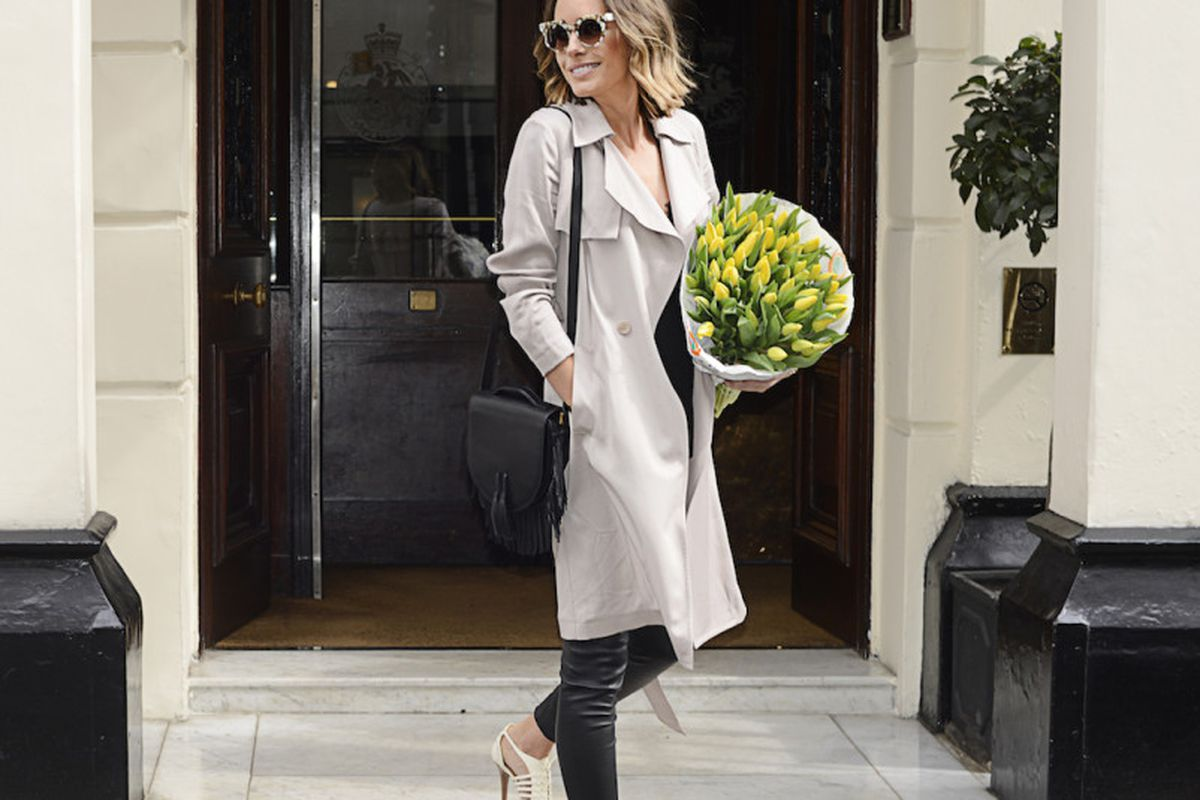 """Photo: <a href=""""http://louiseroe.com/2015/04/06/trench-coat-outfit/"""" target=""""_blank"""">Louise Roe</a>"""