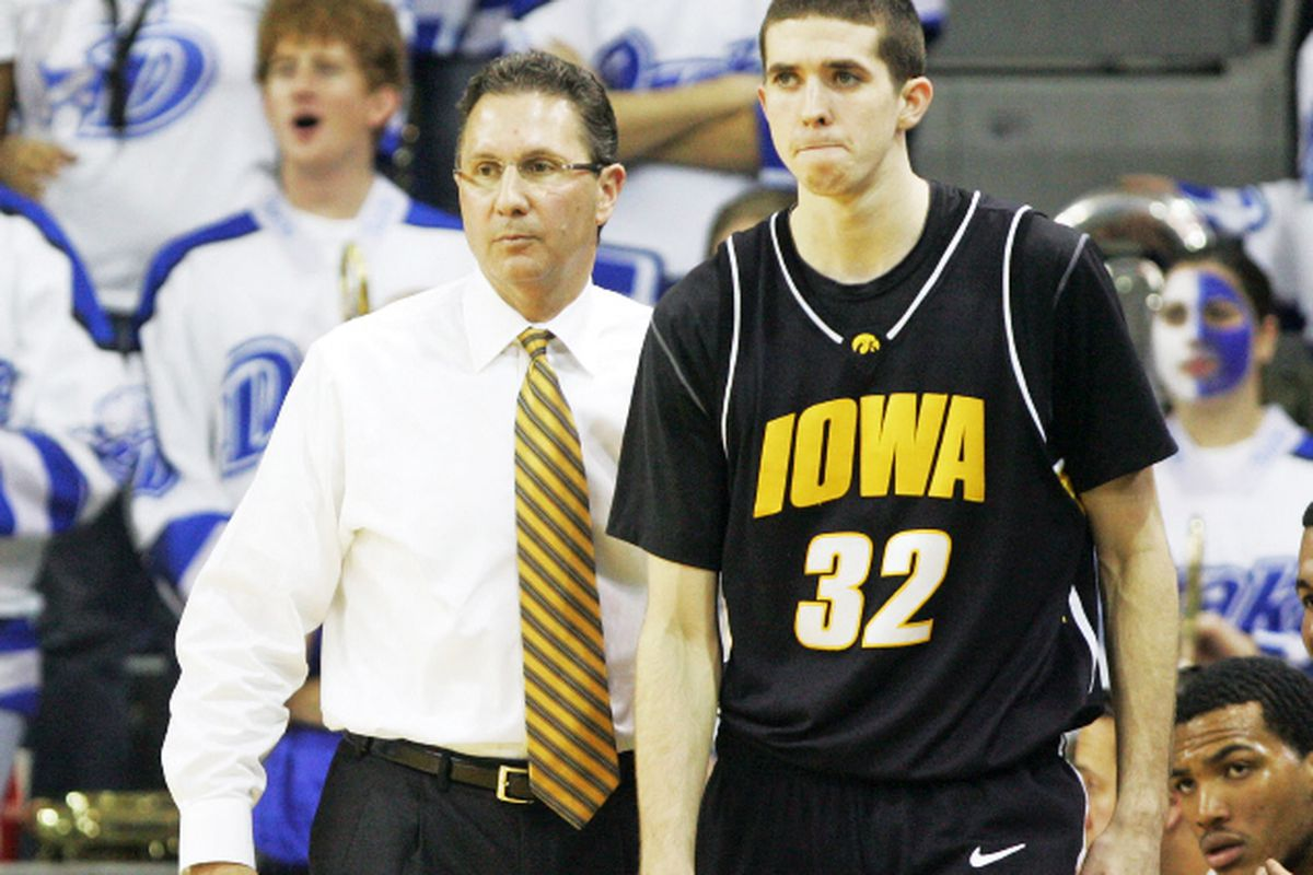 Iowa head coach Todd Lickliter sends Jake Kelly (32) into the game during the first half at Drake. Nobody really had much fun that day. (Liz Martin/The Gazette)