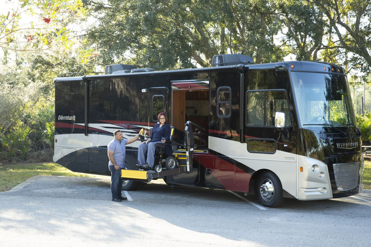 Winnebago Debuts New Wheelchair Friendly Rv Collection Curbed