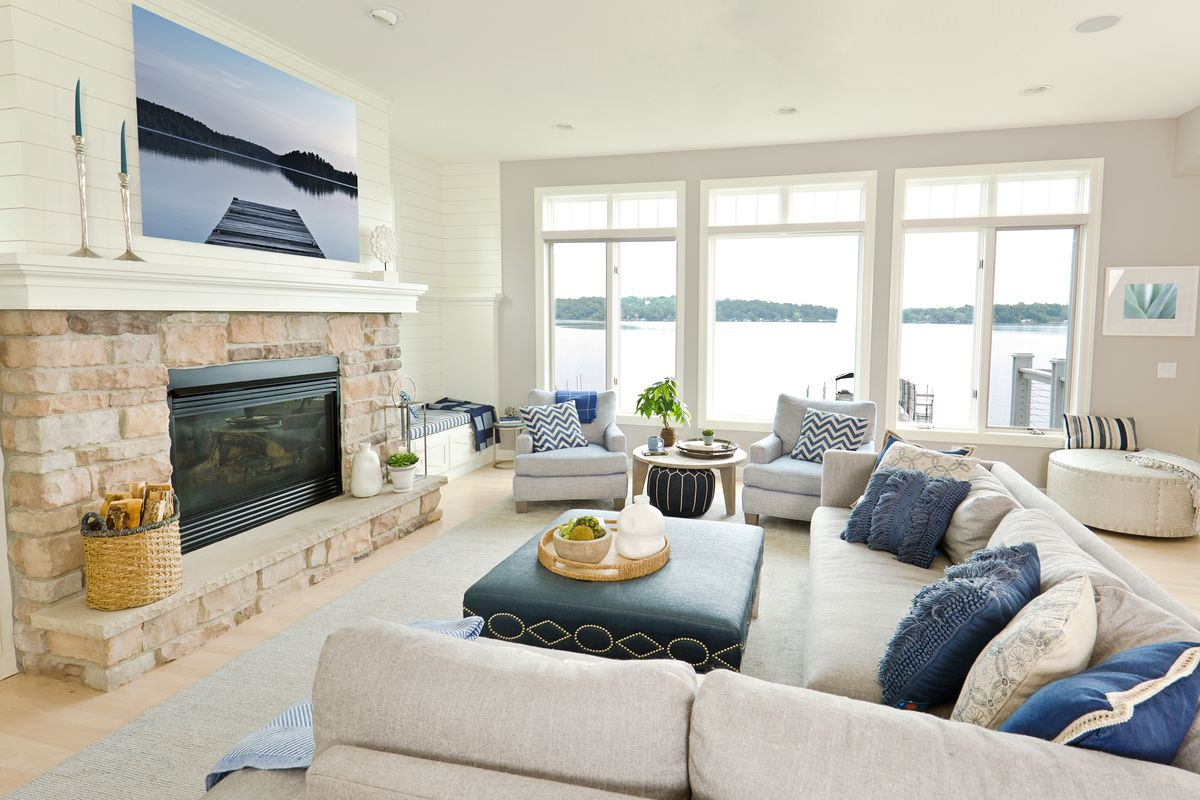 Modern Living Room Home Interior Design with fireplace.