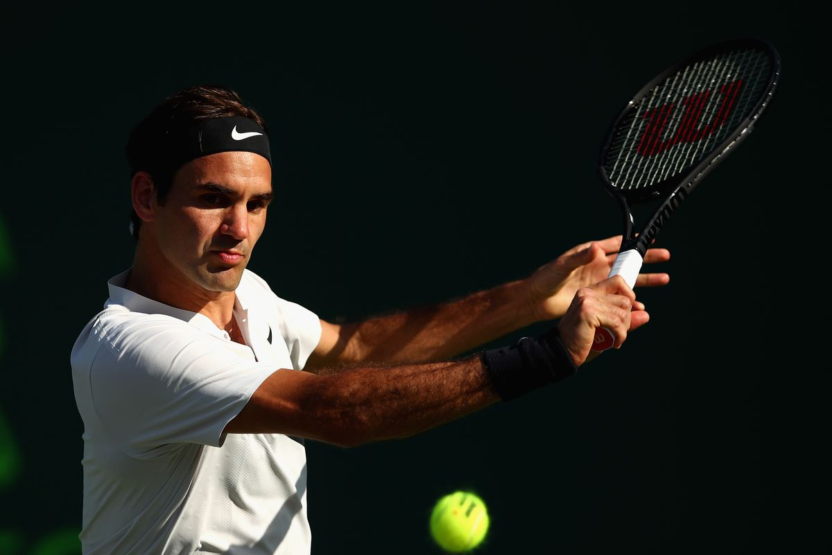 13248c80637 Everything you need to know about Roger Federer s Uniqlo deal