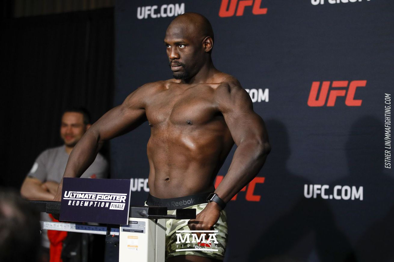 Jared Cannonier steps in to fight David Branch at UFC 230