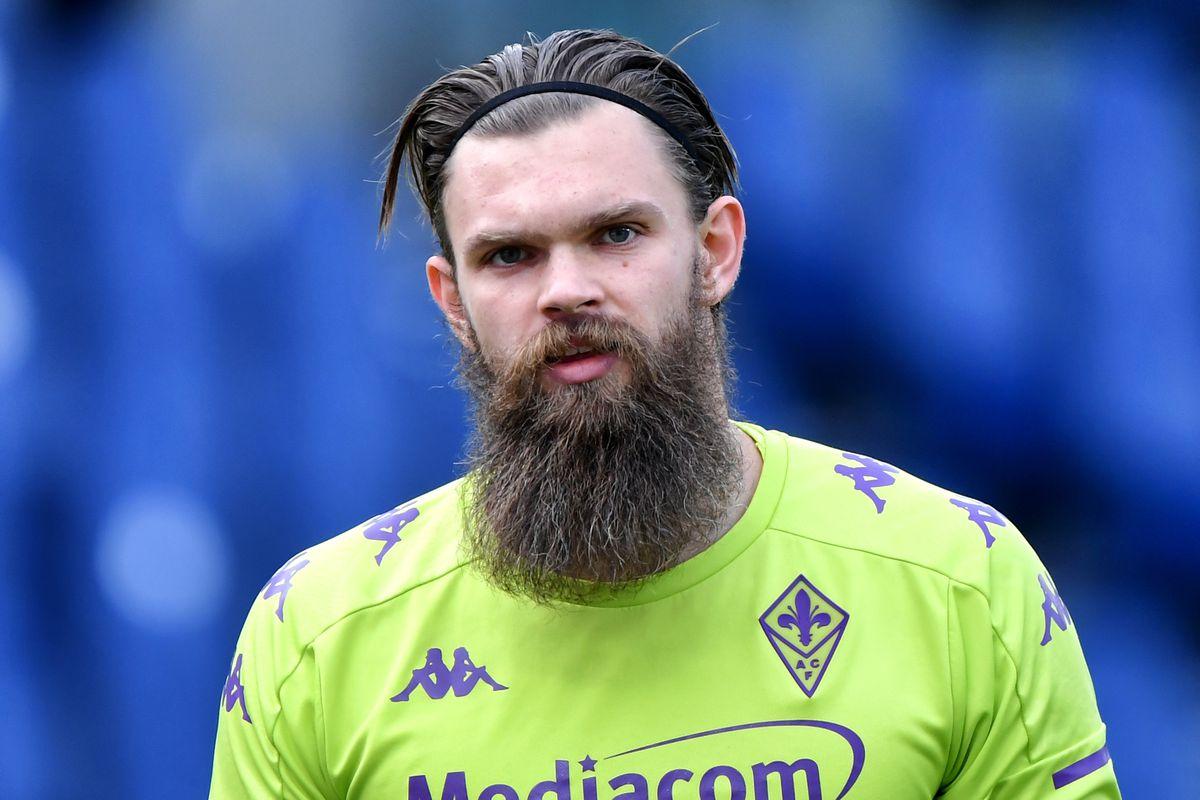 Bartlomiej Dragowski of ACF Fiorentina looks on during the...