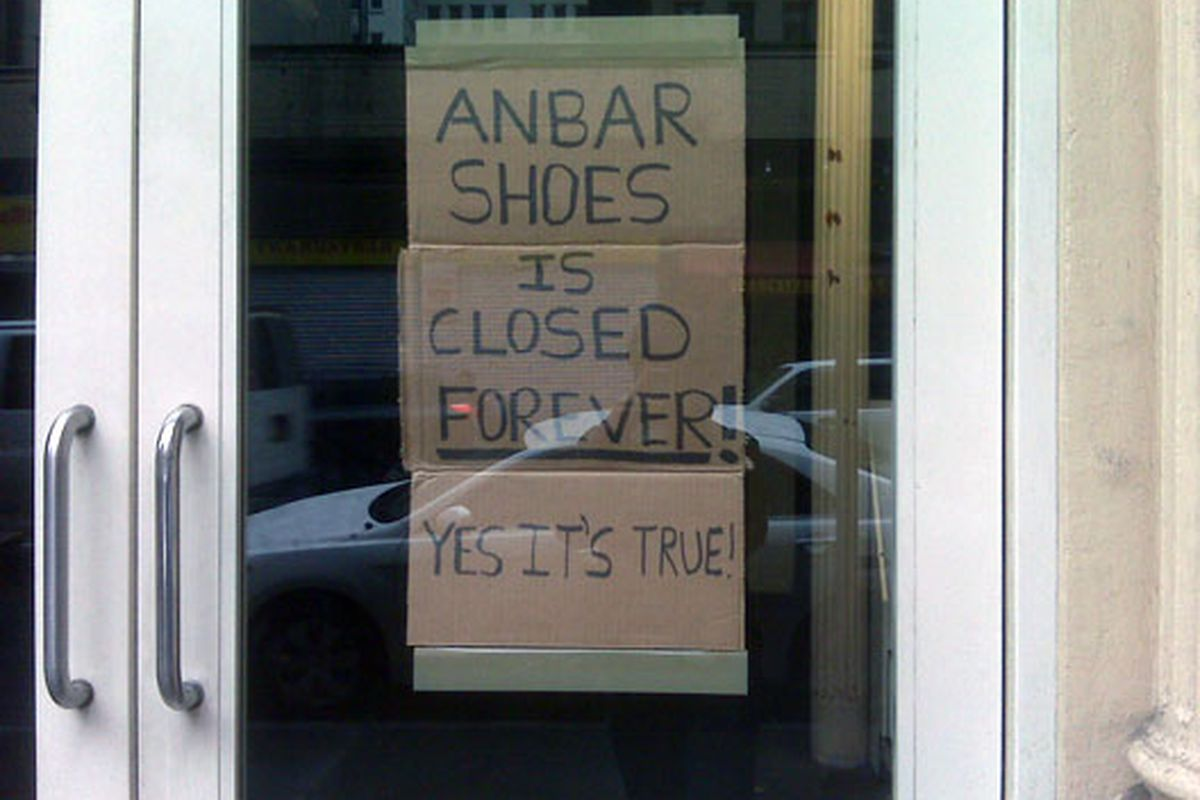 """""""This could be the saddest sign I've ever seen,"""" wrote the tipster who sent this in"""