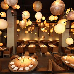 Say what you will, but the renovated Pump Room, which is about to mark it's first anniversary, is a modern take on the timeless classic and one of the most gorgeous spots in Chicago. Ian Schrager realized the celebrated rooms potential and gave it a secon