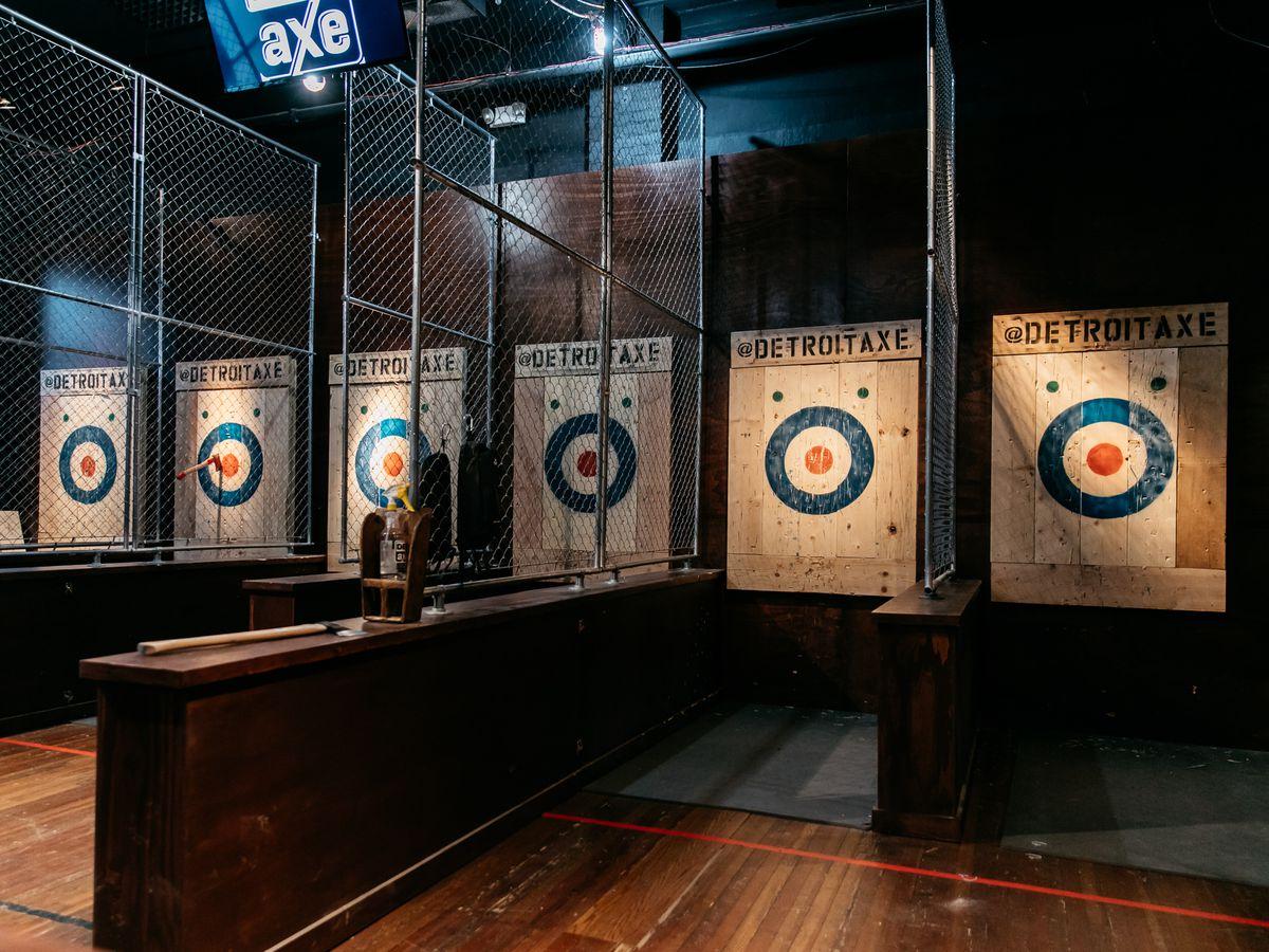 Bull's eye targets inside the lanes at Detroit Axe.