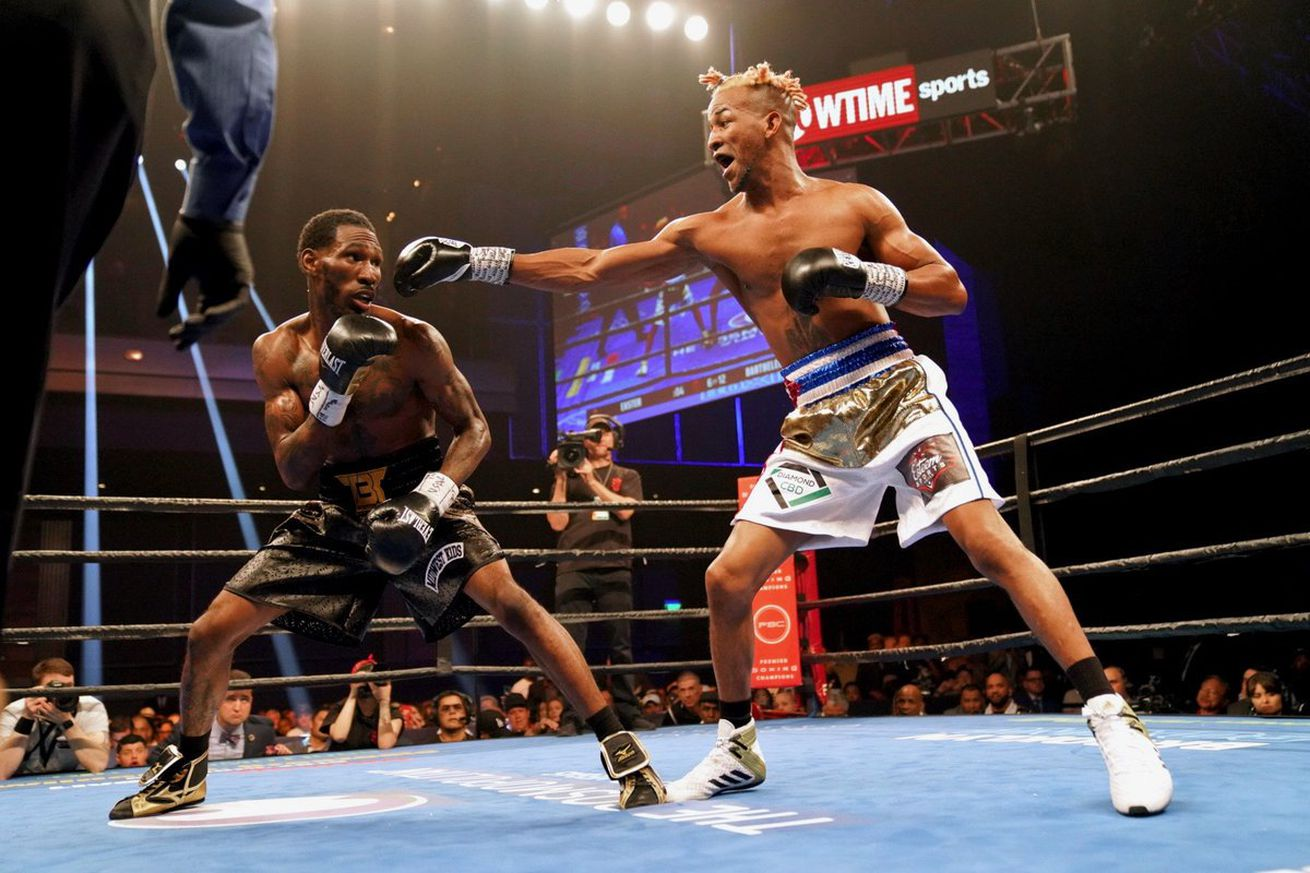 premierboxing 2019 Apr 27.0 - Easter Jr and Barthelemy fight to tedious draw
