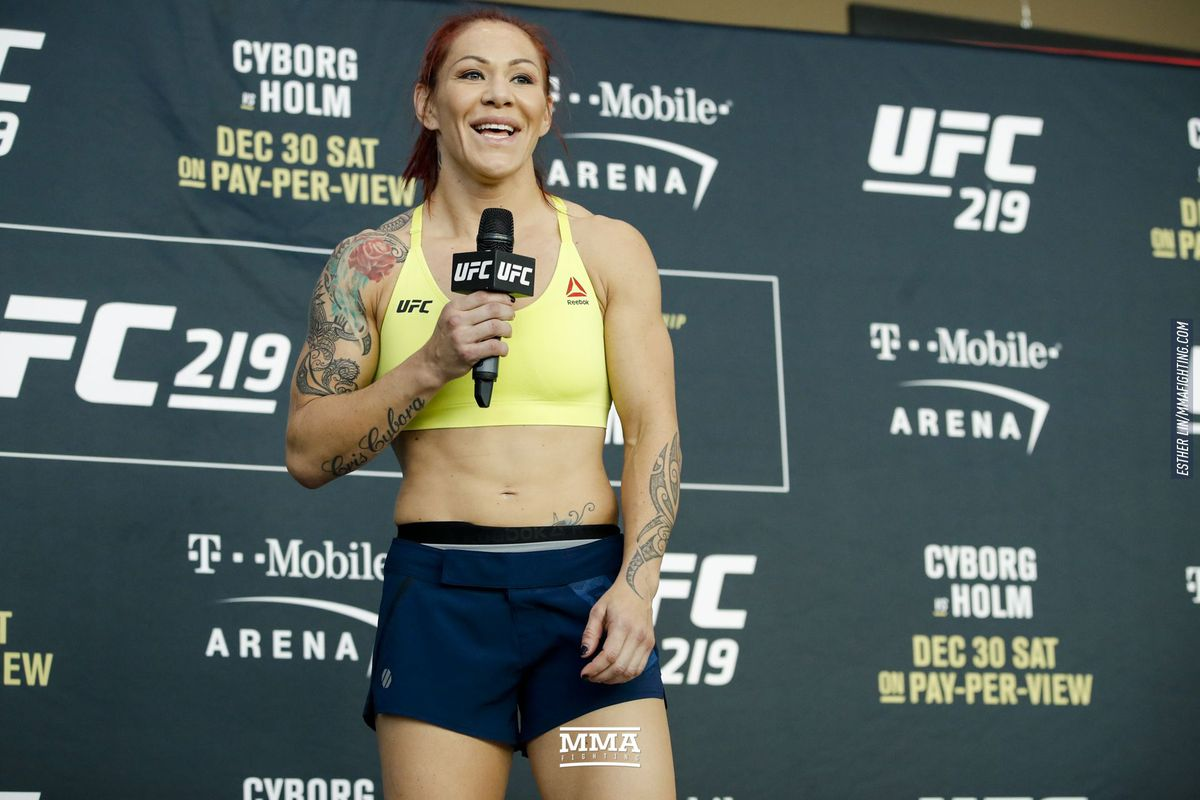 Cris Cyborg hands out burgers to the homeless