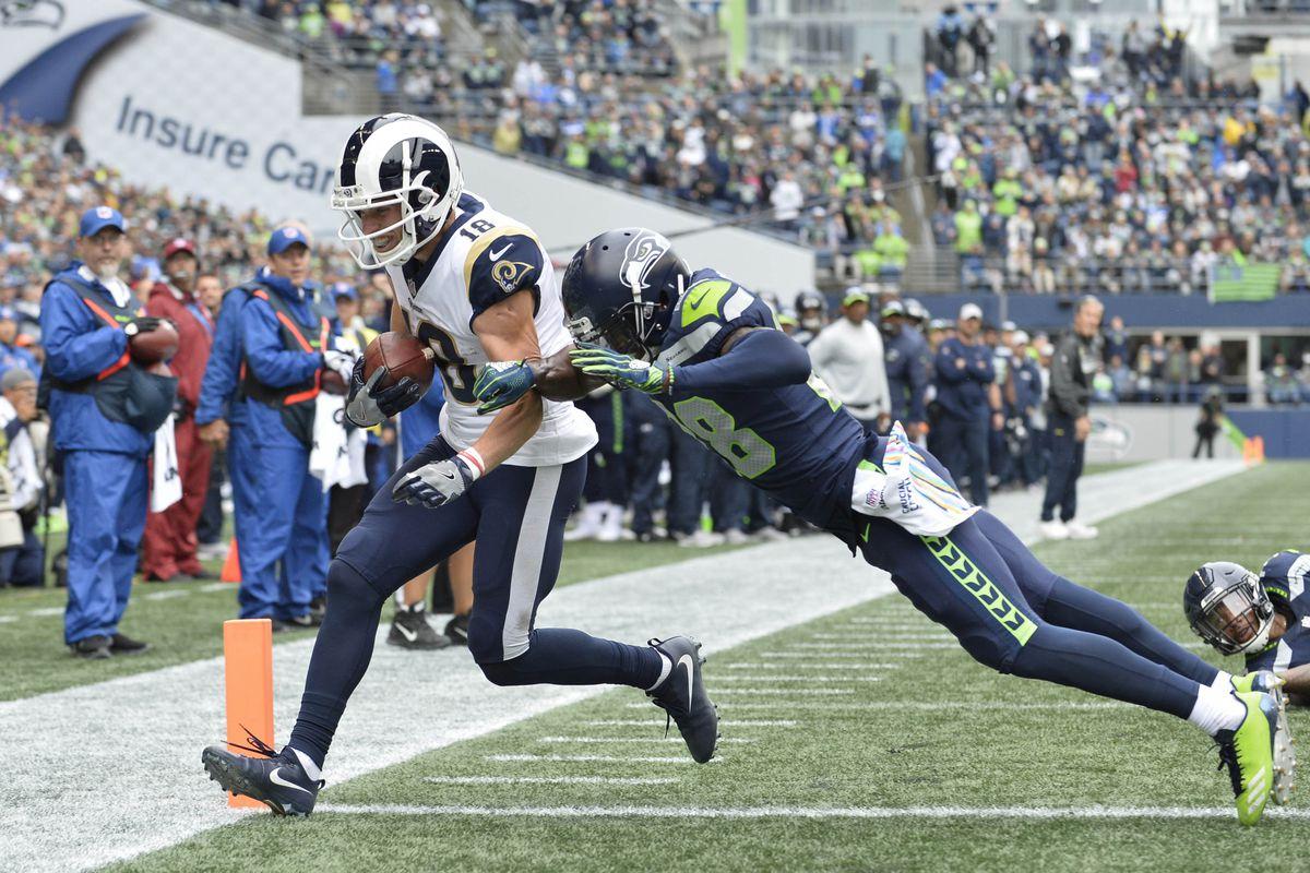 Seahawks Rams Final Score Seahawks Lose Heartbreaker 33 31 As Rams Remain Undefeated Field Gulls