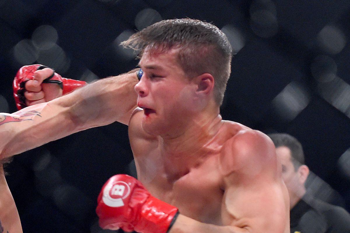 Bellator's Derek Anderson throws punches during a 2017 bout against Derek Campos.