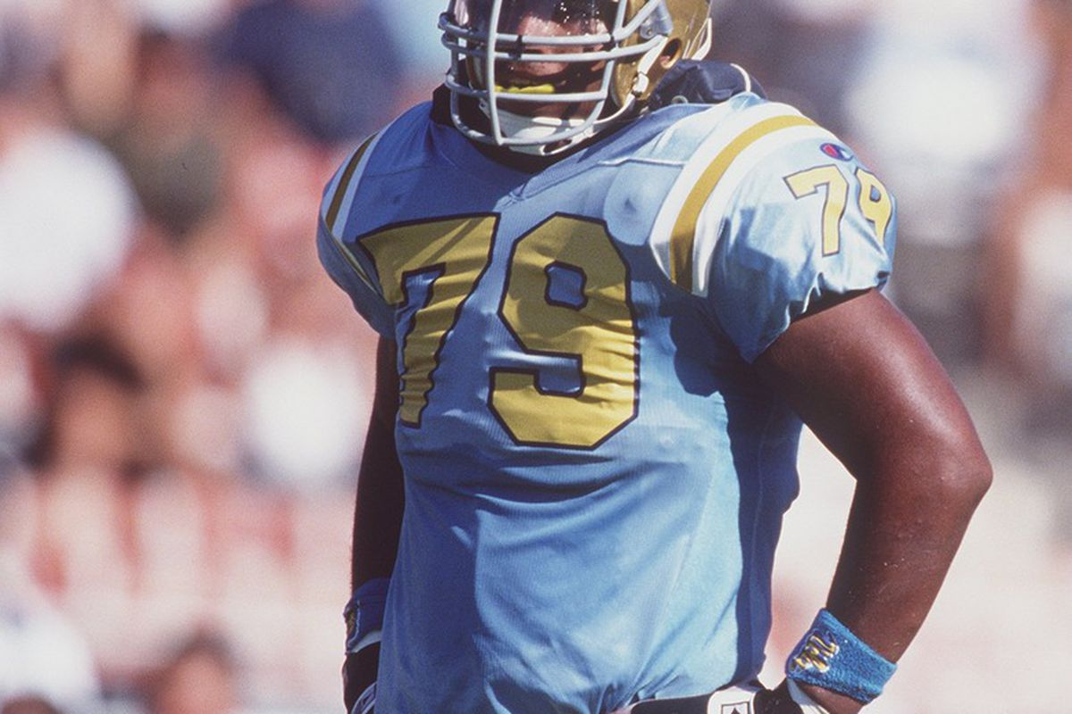 Former UCLA Bruin offensive lineman Jonathan Ogden was one of 88 finalists for the 2011 College Football Hall of Fame, but he didn't get elected. (<em>Getty Images</em>)