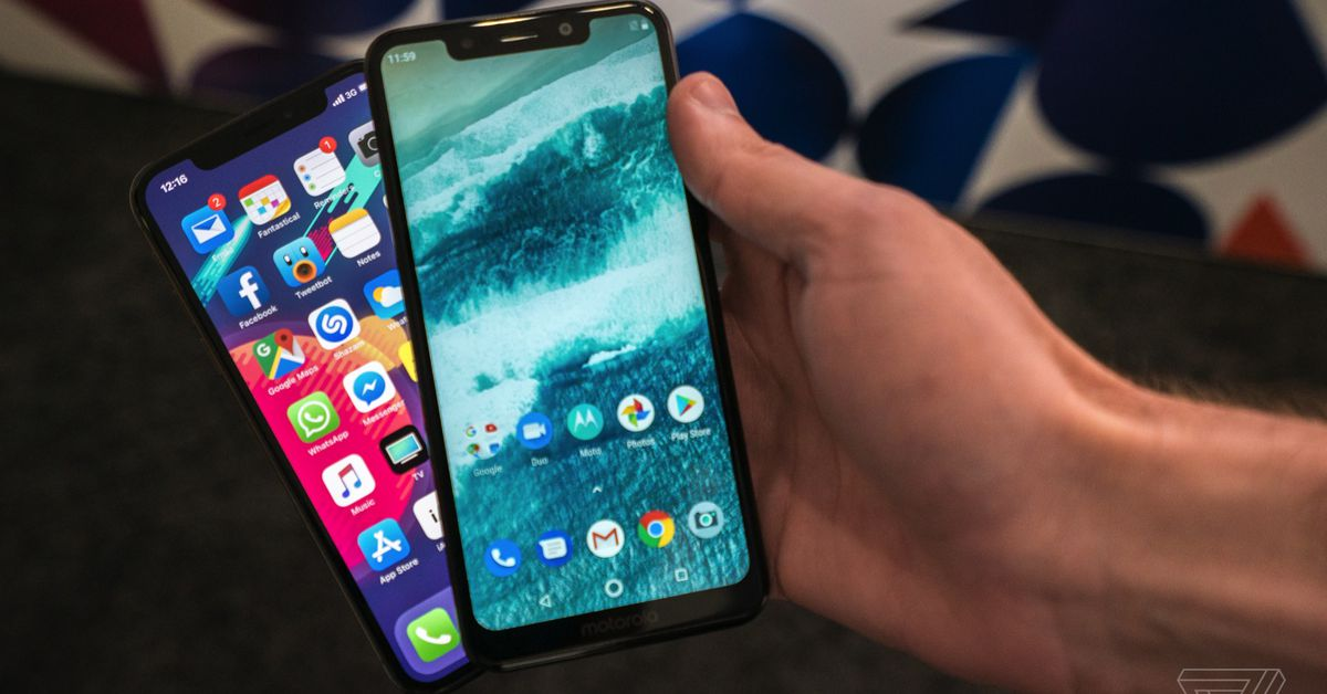 The Motorola One is a Slick Budget iPhone X Clone