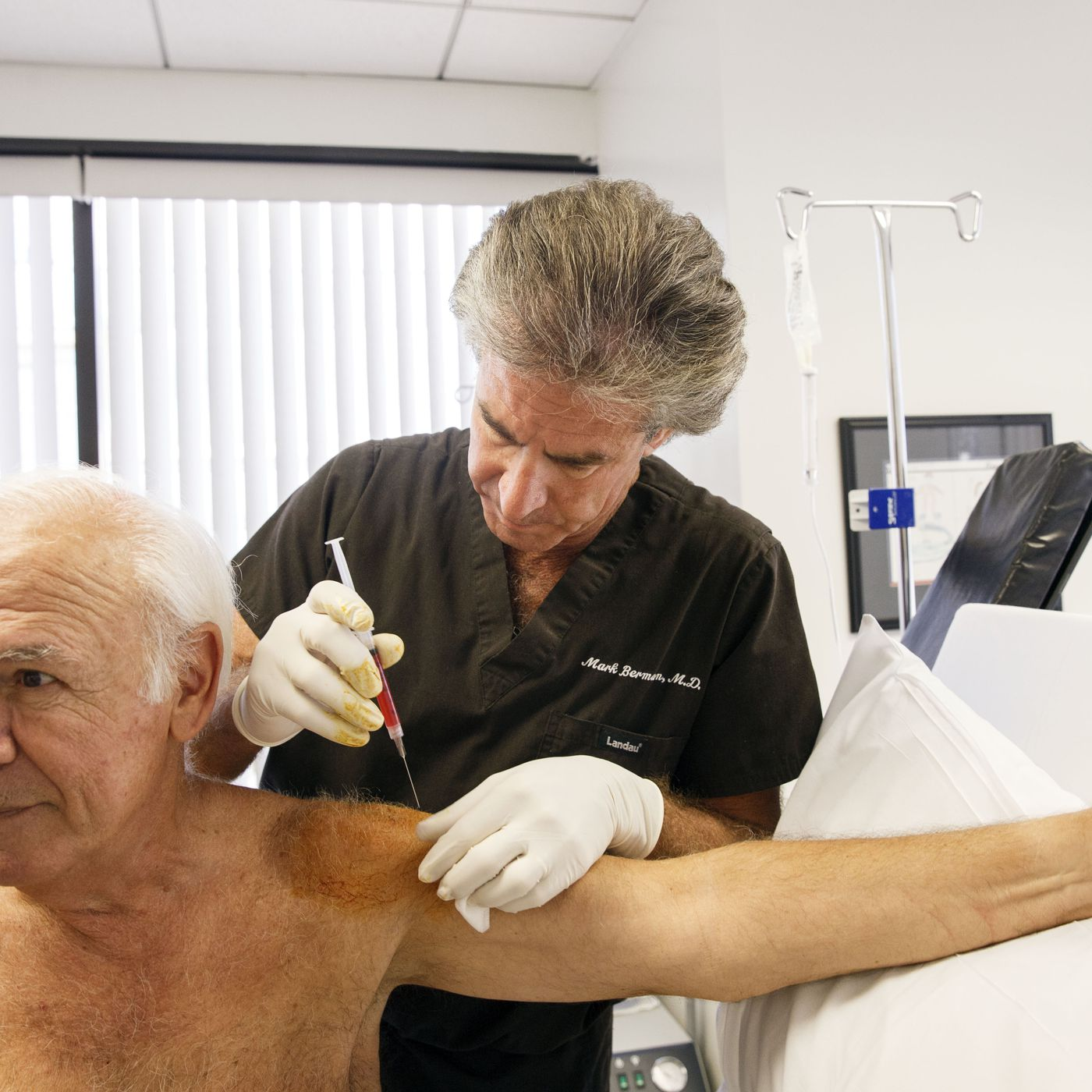 Stem cell therapy: FDA investigates clinics offering