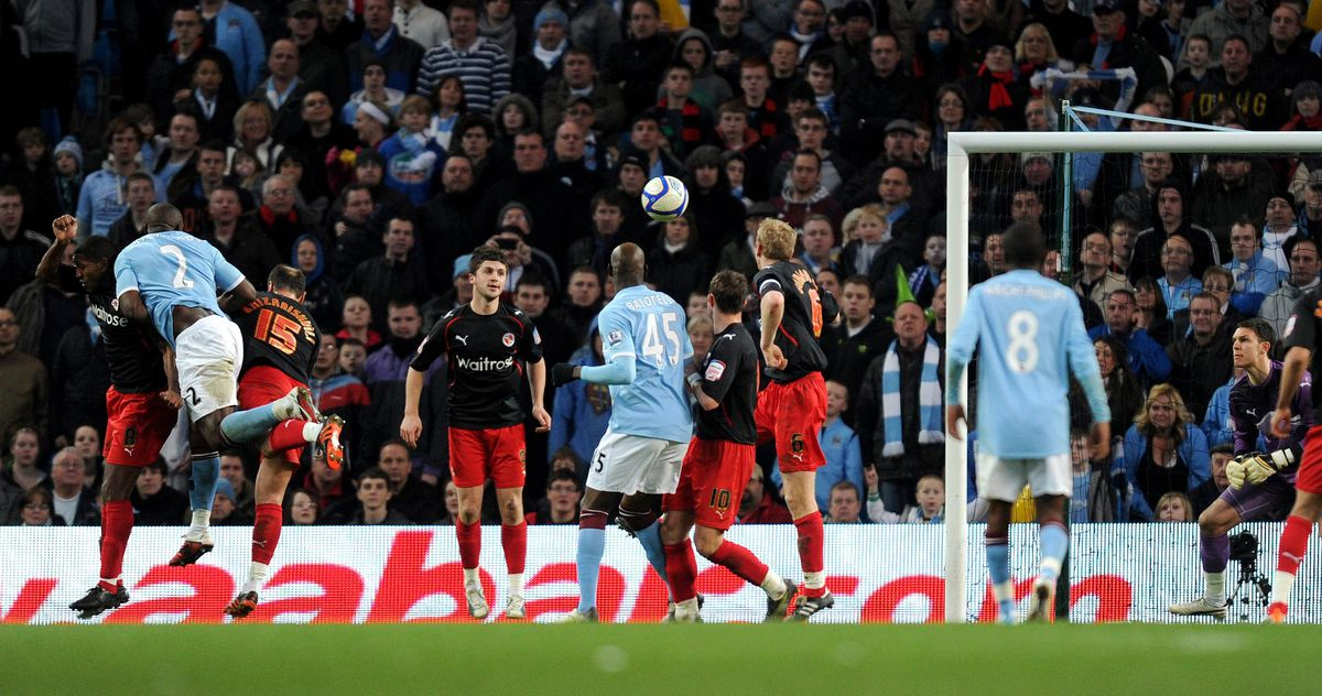 Soccer - FA Cup - Sixth Round - Manchester City v Reading - City of Manchester Stadium