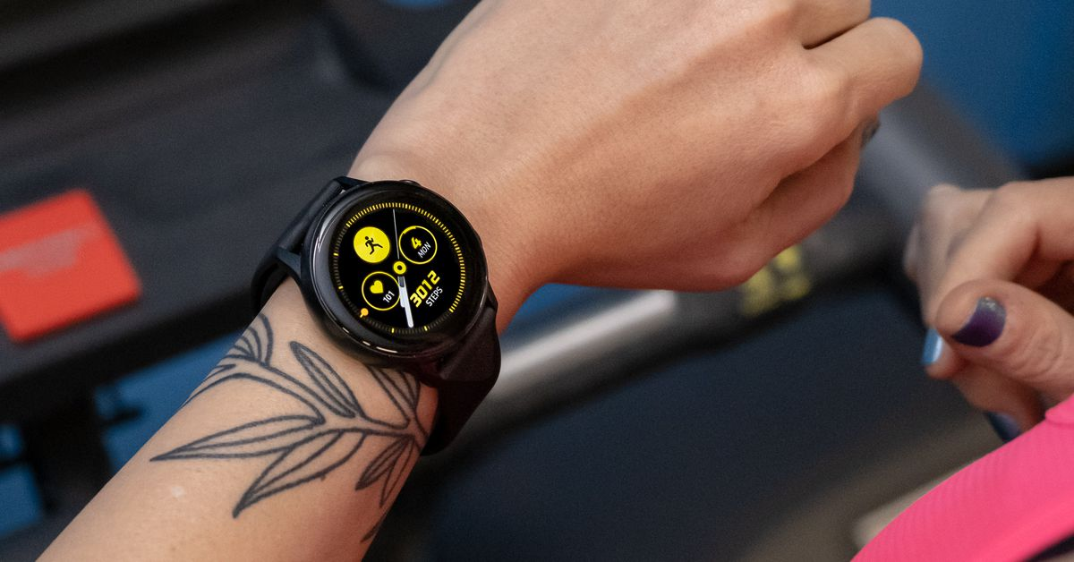 Samsung's Galaxy Watch Active can now detect swimming and a low heart rate