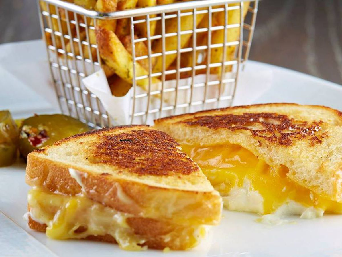Knife's grilled cheese.