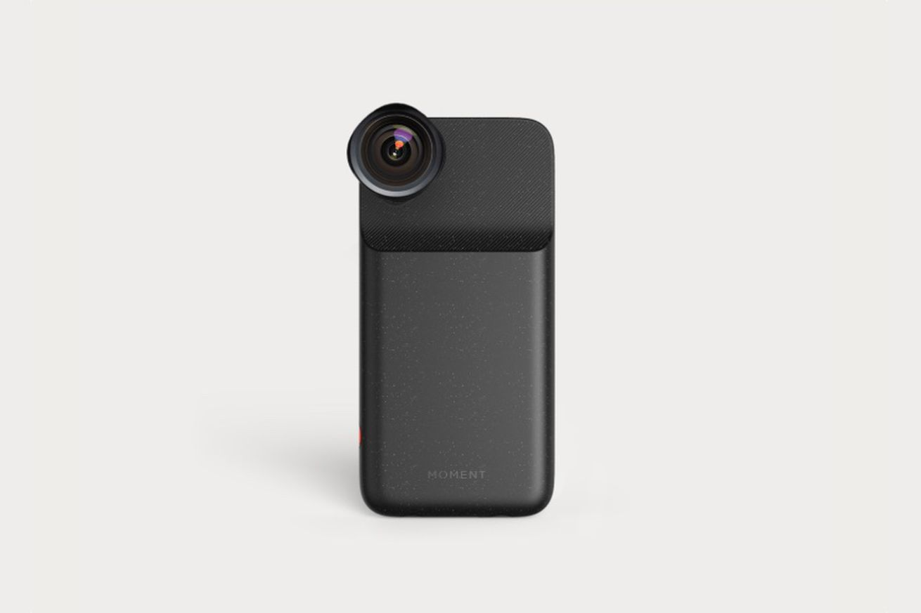 Moment releases first Mfi battery case for the iPhone X, just as it's being discontinued