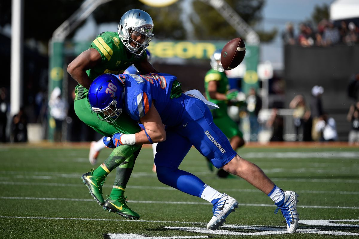 NFL Draft 2018  Are the Brian Urlacher comparisons too much for Leighton  Vander Esch  f5fc0f682cf9