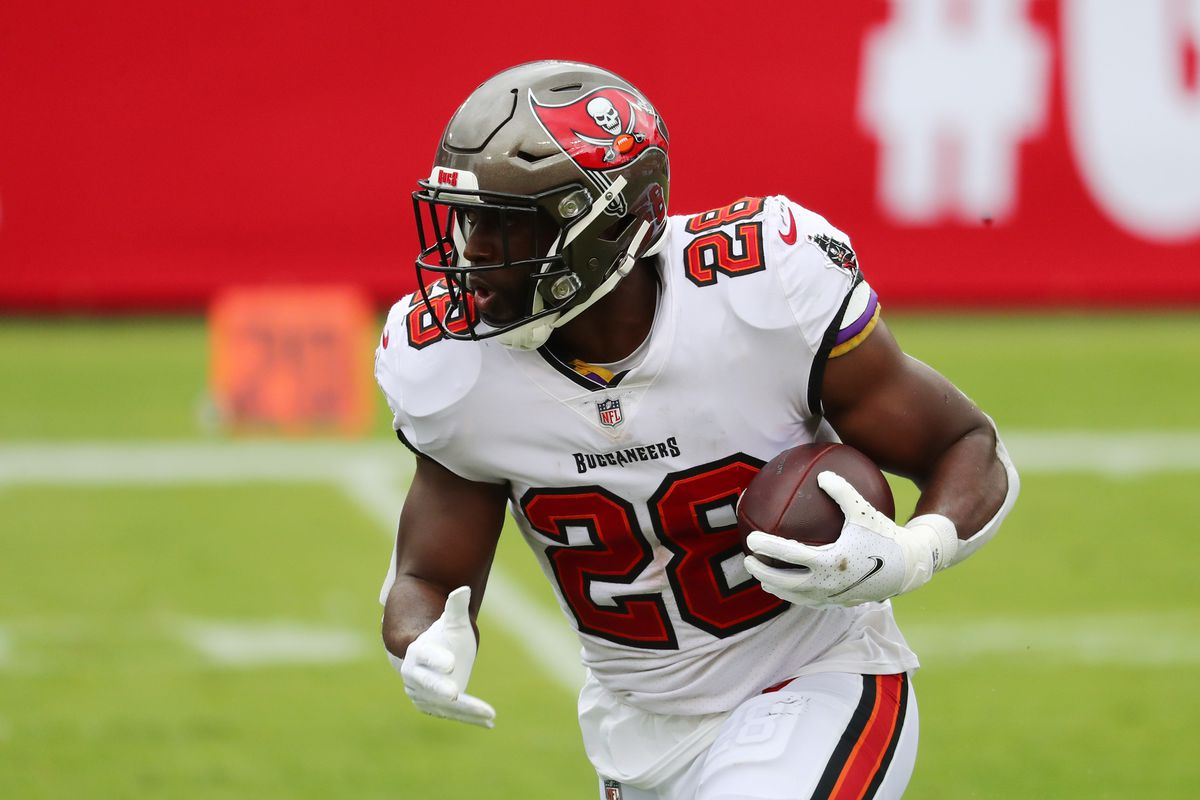 Tampa Bay Buccaneers running back Leonard Fournette runs the ball against the Carolina Panthers during the second quarter at Raymond James Stadium.