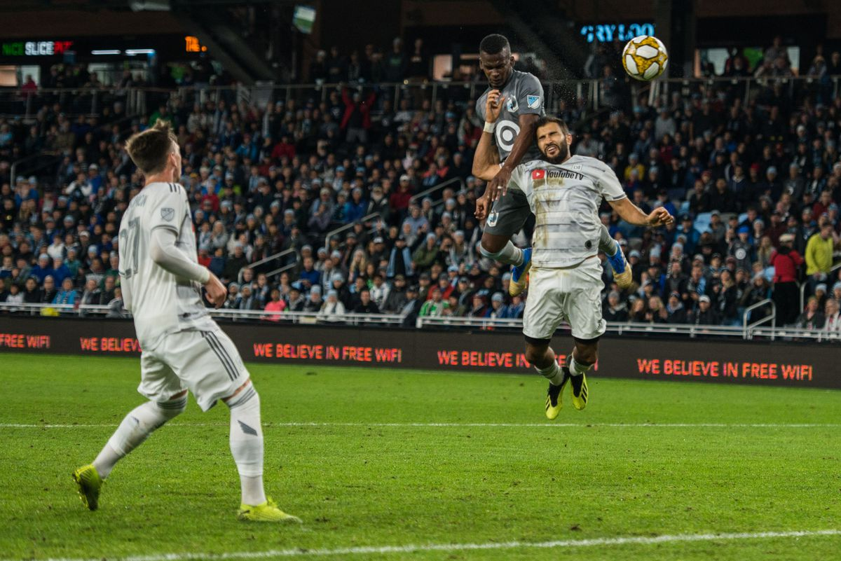 September 29, 2019 - Saint Paul, Minnesota, United States -Darwin Quintero tries to win a ball during an MLS match between Minnesota United and Los Angeles Football Club at Allianz Field (Photo: Tim C McLaughlin)