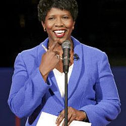 Moderator Gwen Ifill speaks to the audience before the debate, held at Case Western Reserve University in Cleveland. Ohio is widely viewed as a pivotal state.