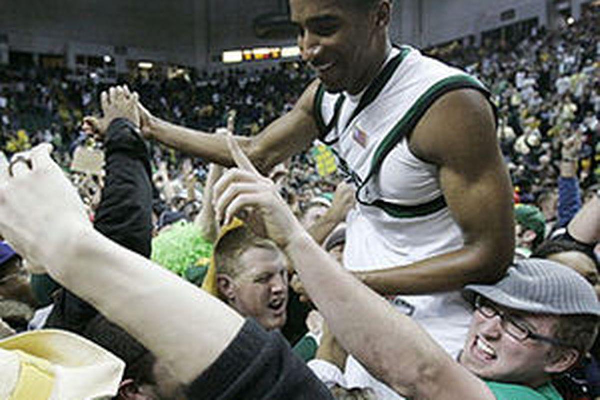Wright State's Todd Brown celebrates the team's bid to the 2007 NCAA Tournament.