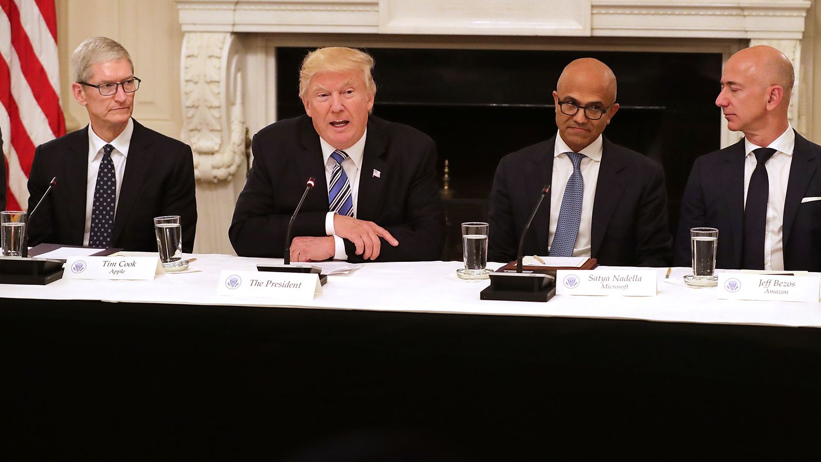 recode.net - Tech has yet to totally bail on Trump