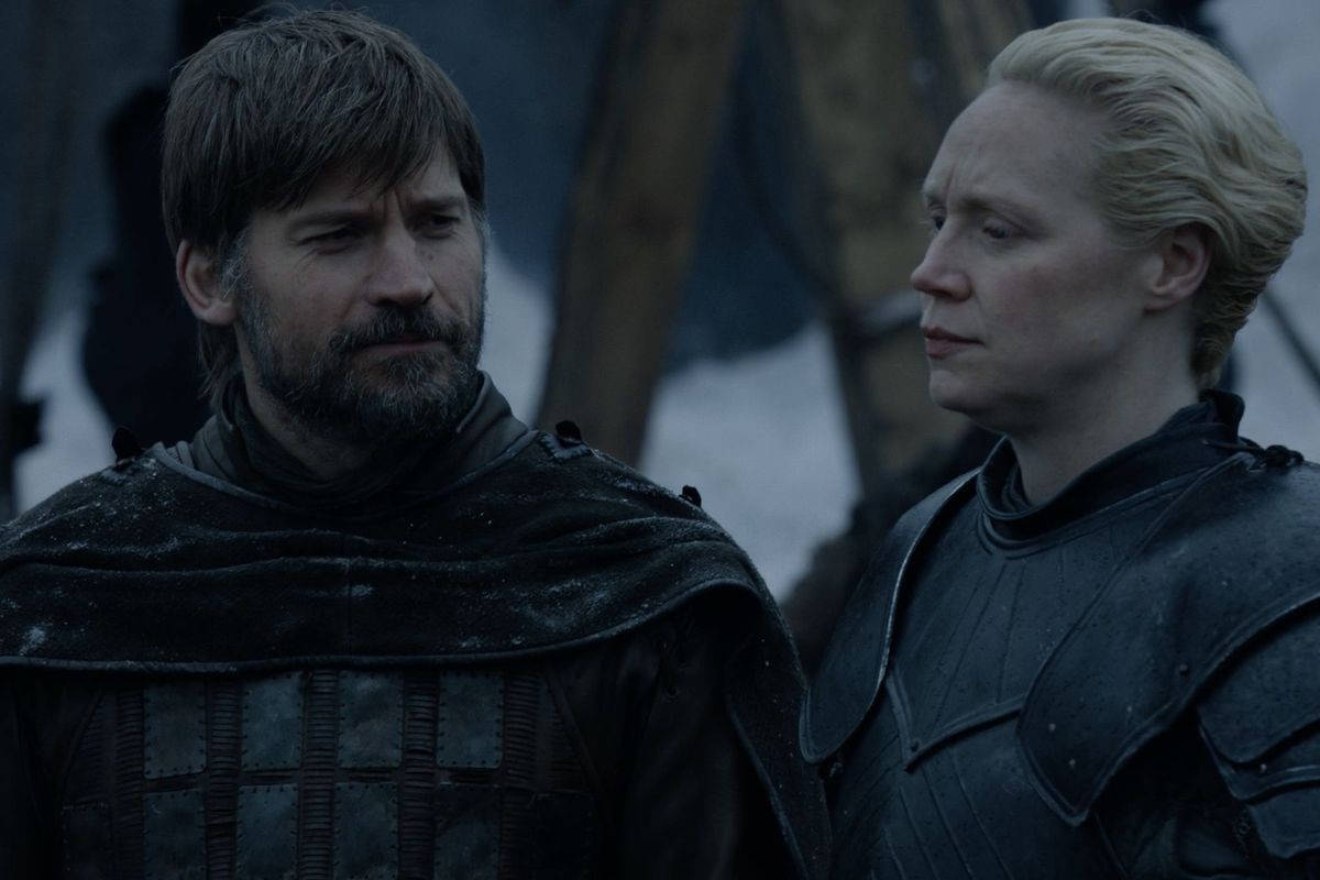 Game of Thrones S08E02 Brienne and Jaime on the training grounds at Winterfell