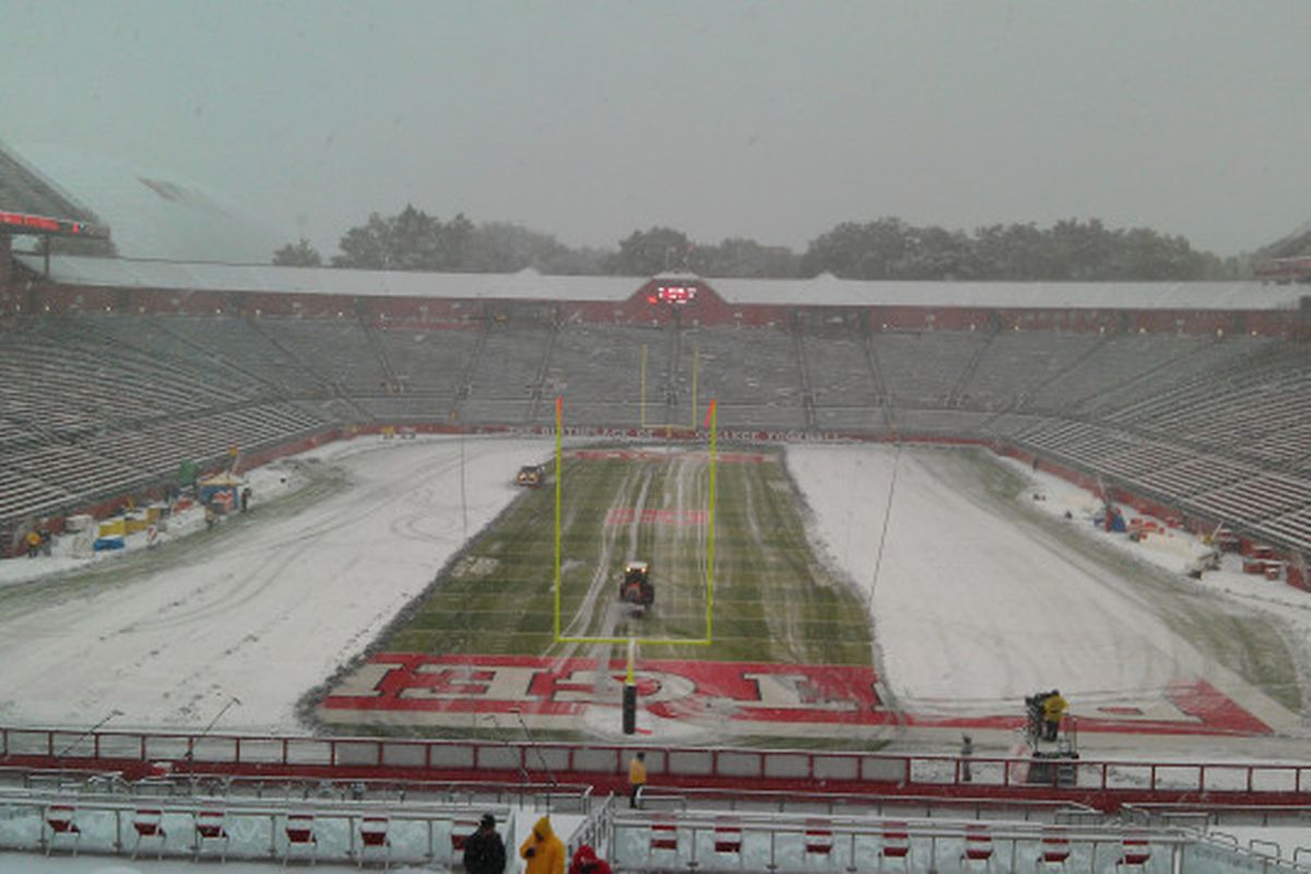 Football plays in the snow; basketball uses a little common sense