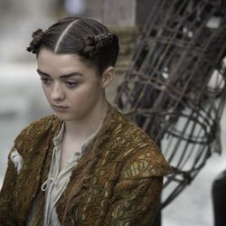 Season 5: There must be a good salon in the assassin training center where Arya lives.