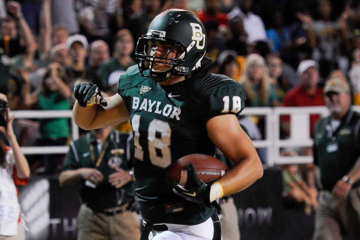 This is a Baylor TE scoring a touchdown.  There is photographic evidence that it happened.