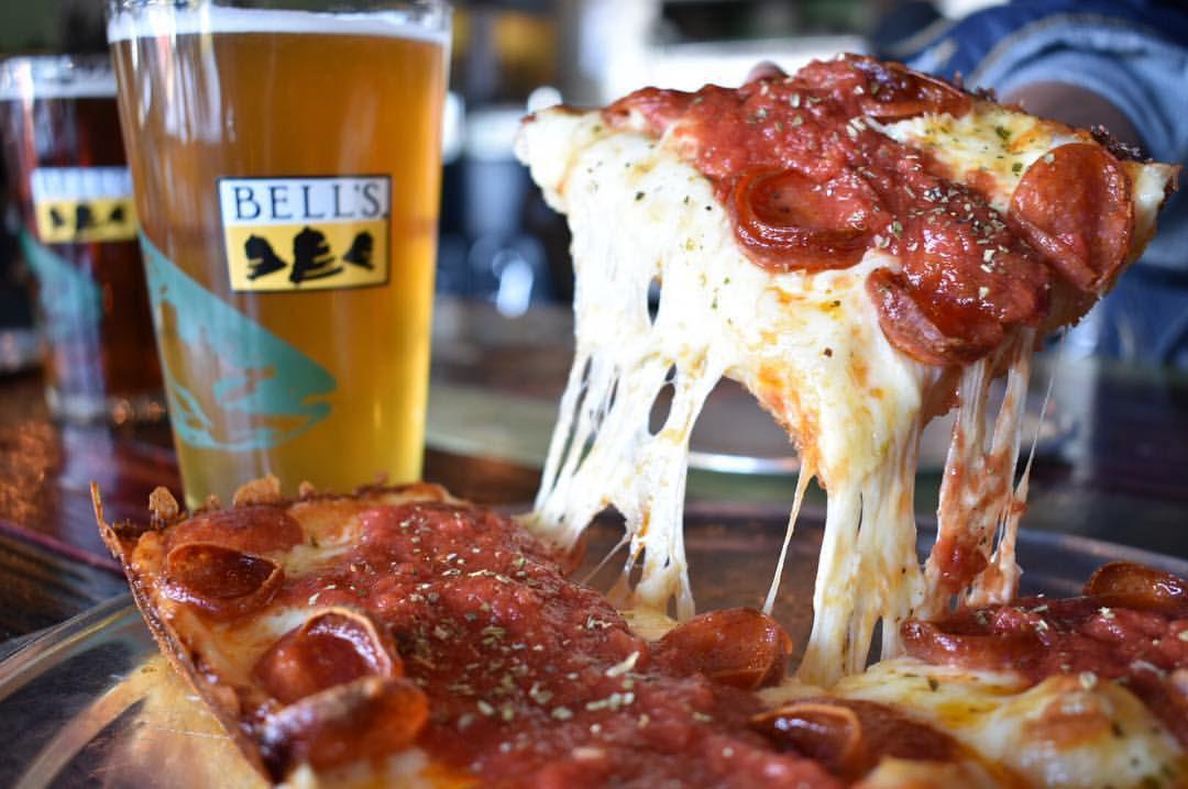 Via 313's pizza
