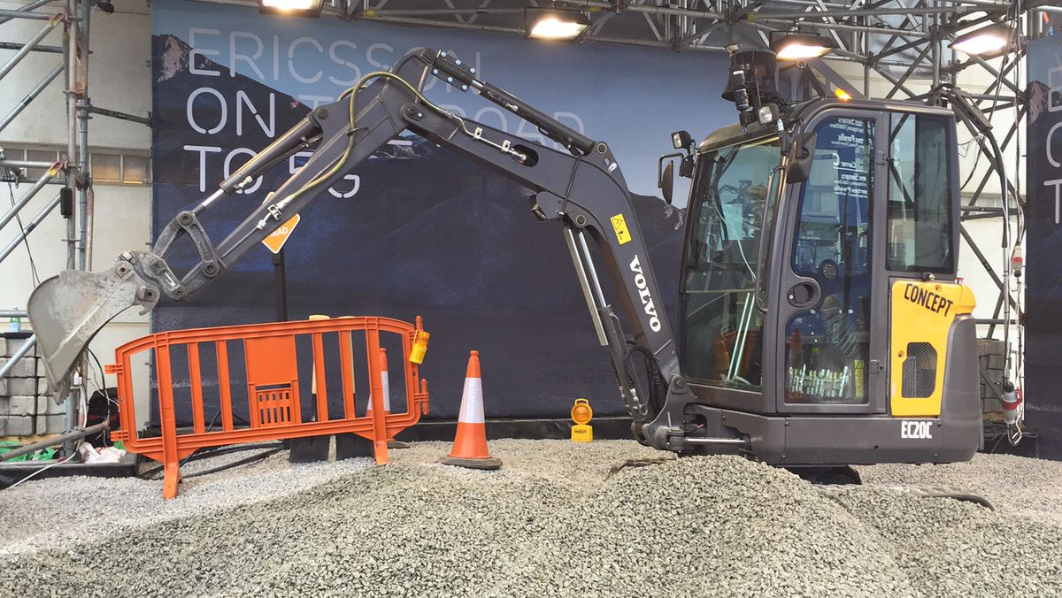 Ericsson set up this remote-controlled earth mover outside of Mobile World Congress in Barcelona. Visitors to the booth inside the hall could strap on an Oculus Rift headset and control the digger remotely.