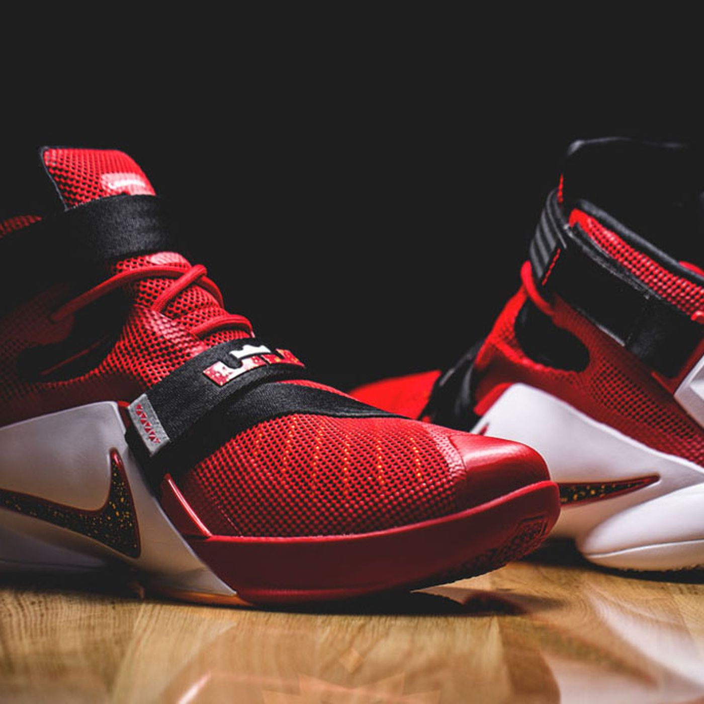 b721d987b8368 Cavs Kicks  Nike Zoom LeBron Soldier 9