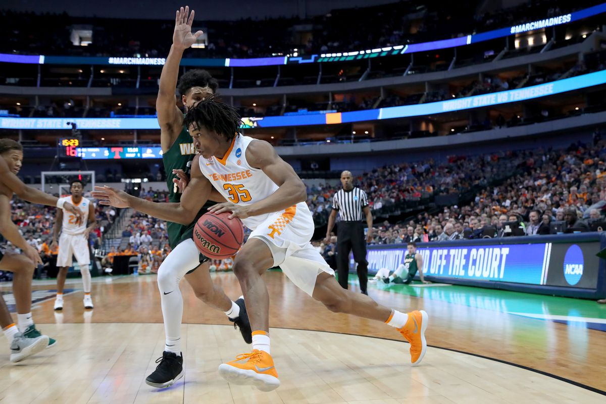 Wright State v Tennessee