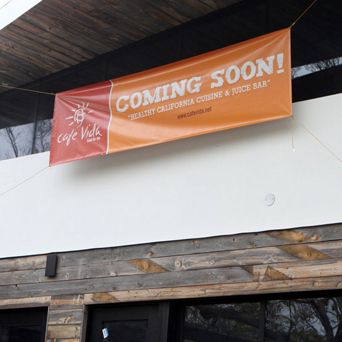 Cafe Vida Fills In The Defunct Assembly In Culver City Eater La