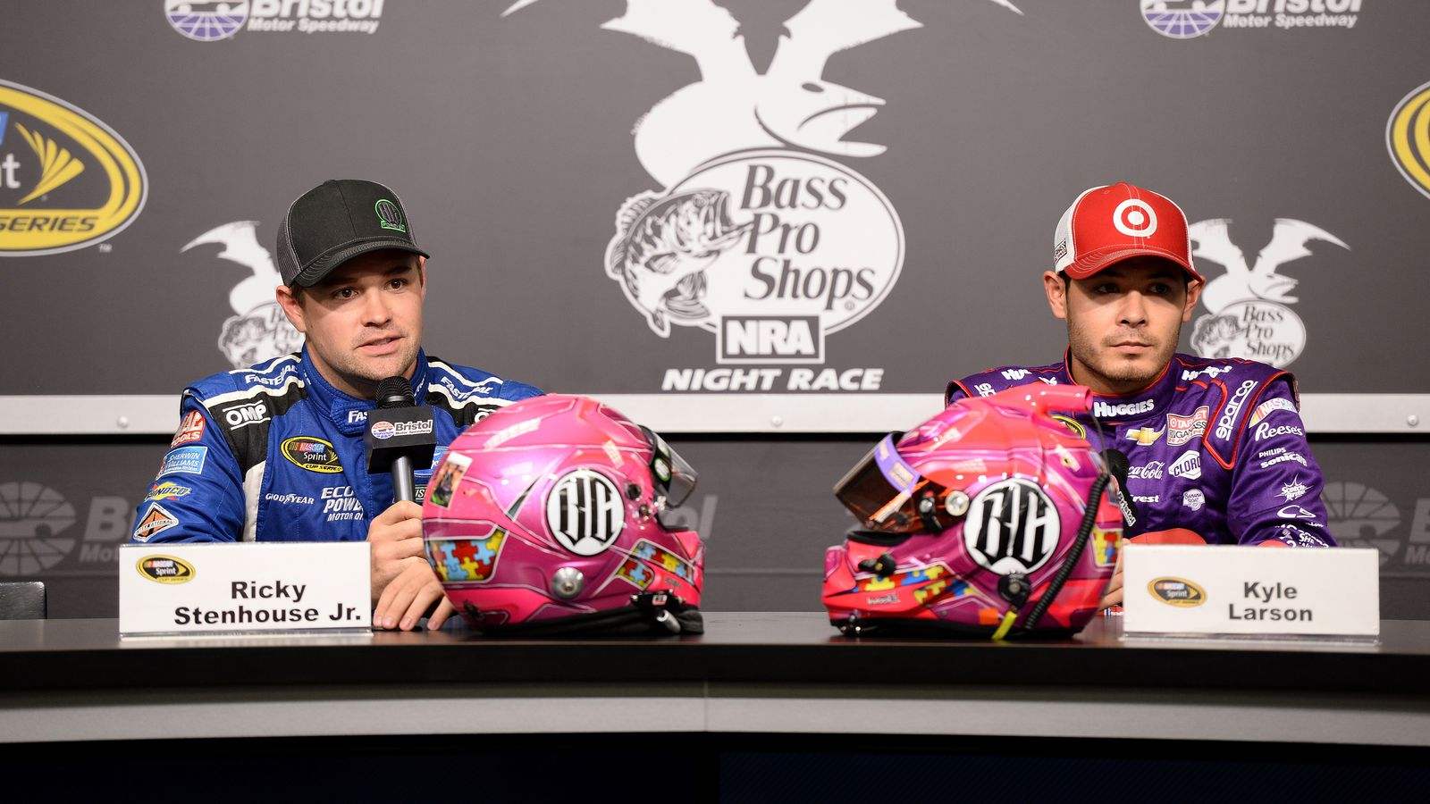 Kyle Larson Ricky Stenhouse Jr Honoring Bryan Clauson With Special Pink Helmets At Bristol