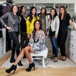 """The Joyus crew in their on-site studio. Photos by <a href=""""http://www.patriciachangphotography.com"""">Patricia Chang</a>."""
