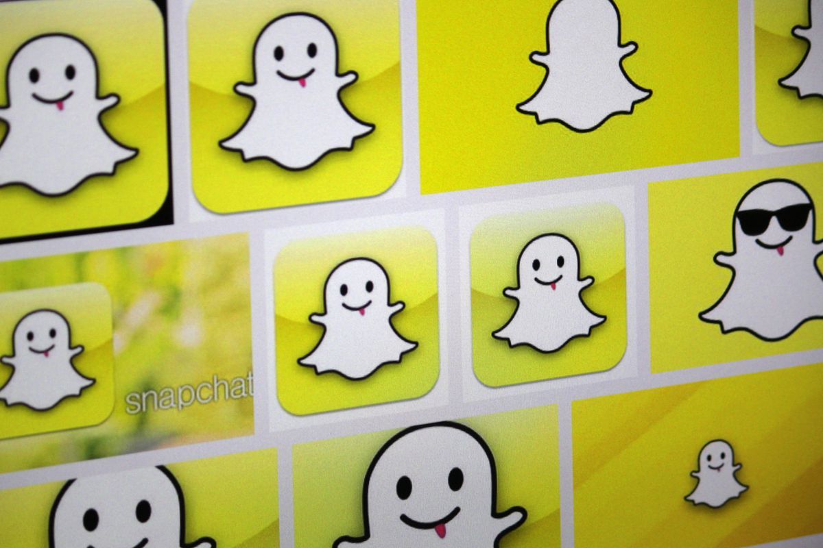 A snapchat explainer for non millennials recode wondering how mobile messaging app snapchat could buycottarizona