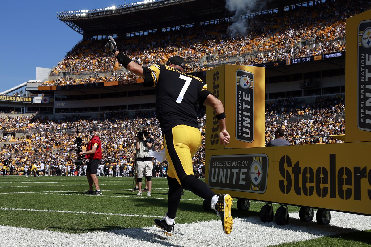Las Vegas Raiders v Pittsburgh Steelers