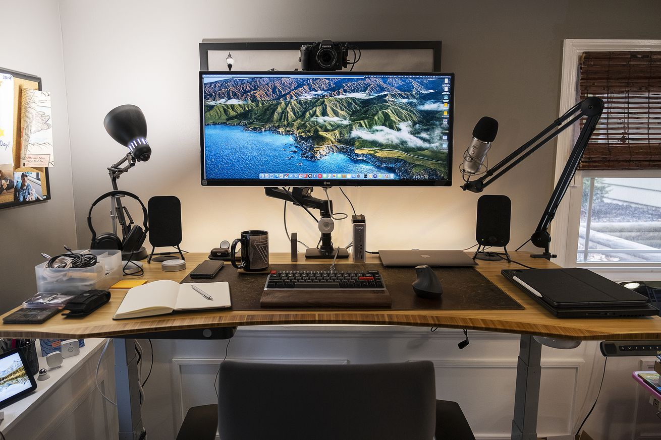 A long look at the workspace of one of The Verge's leading tech enthusiasts.