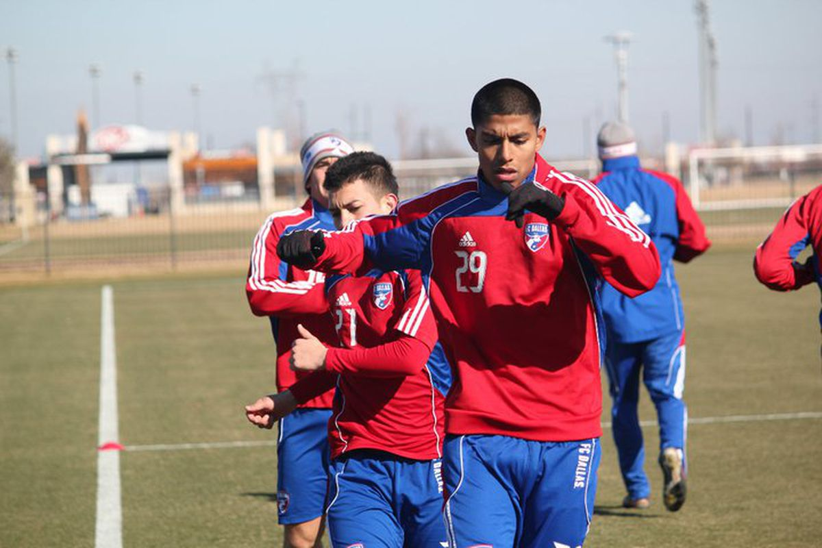 Moises Hernandez continues to improve in training. (Photo via FC Dallas)
