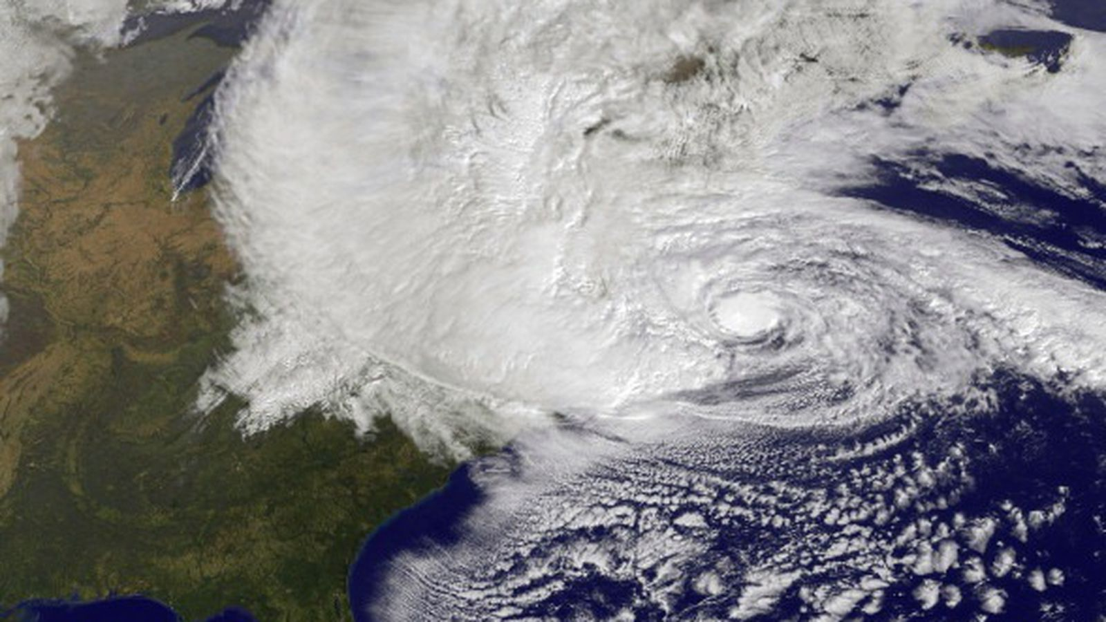 a description and discussion of hurricanes